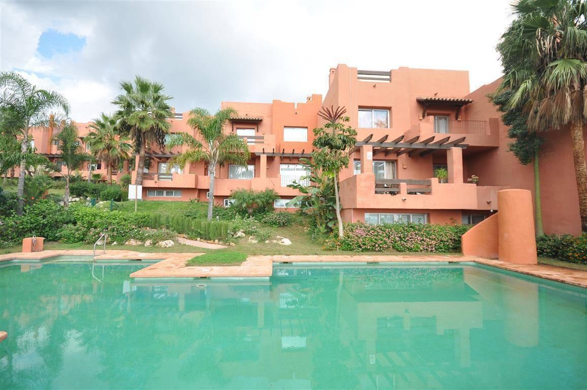Villa  Pareada en venta   en Manilva
