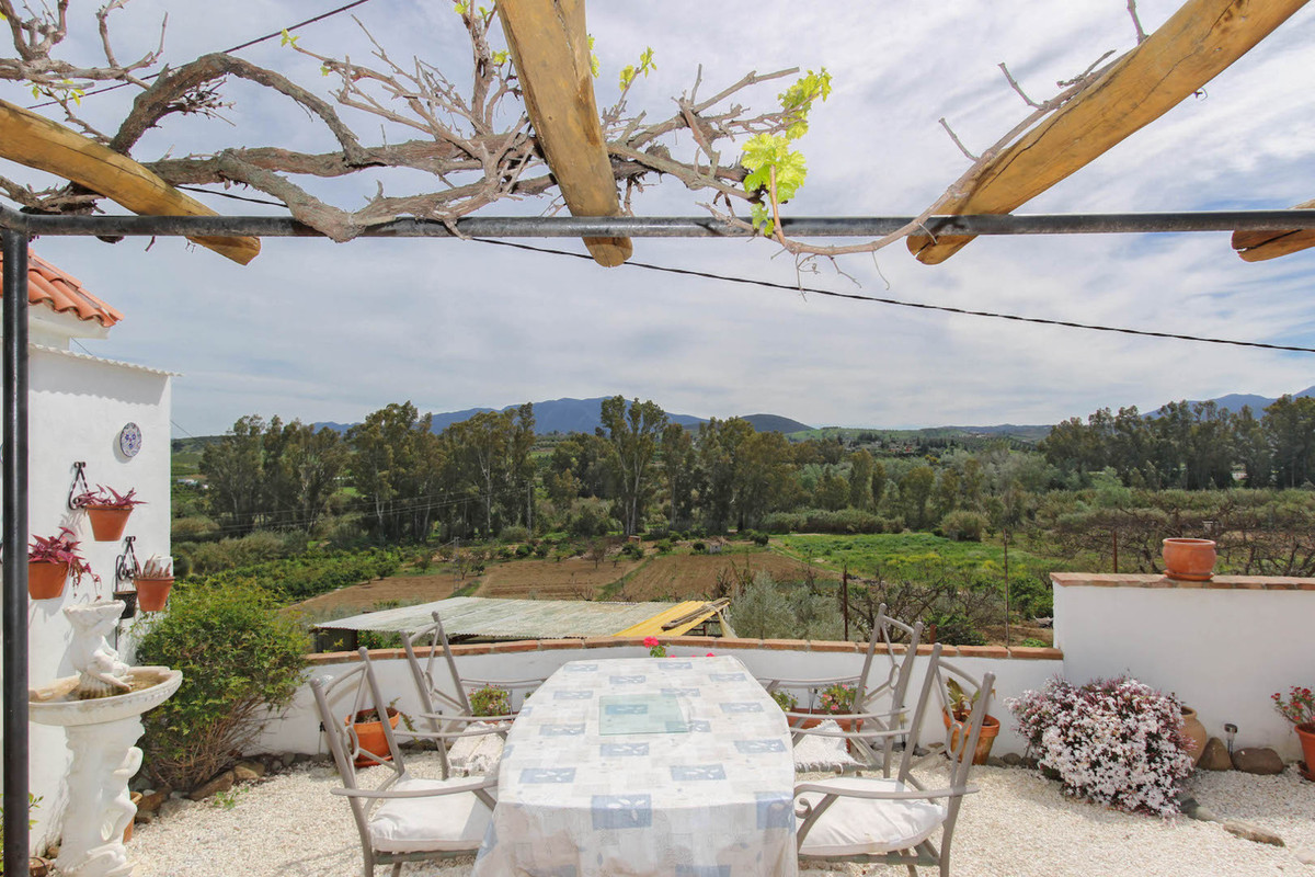 Villa, Detached  for sale    en Coín