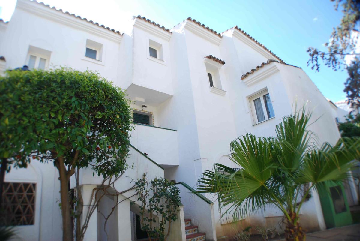 Apartment  Penthouse for sale   in Las Chapas