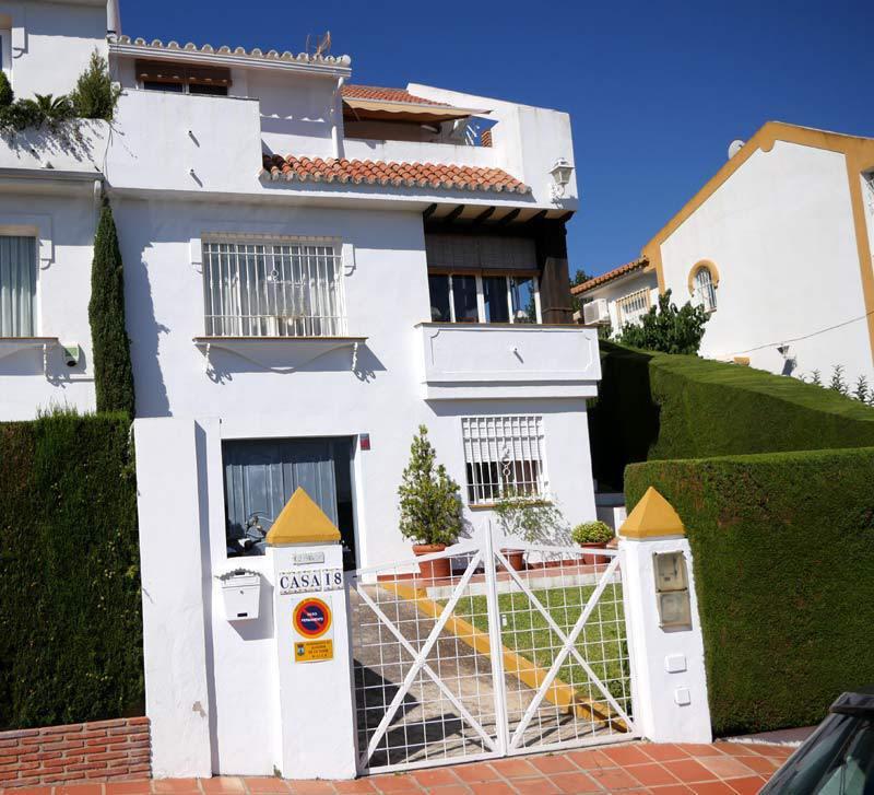 Villa  Semi Individuelle en vente   à Alhaurín de la Torre