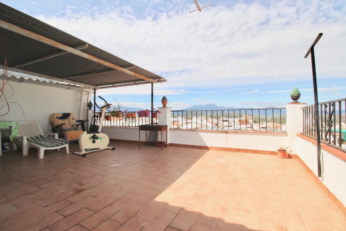 Villa, Pareada  en venta    en Coín