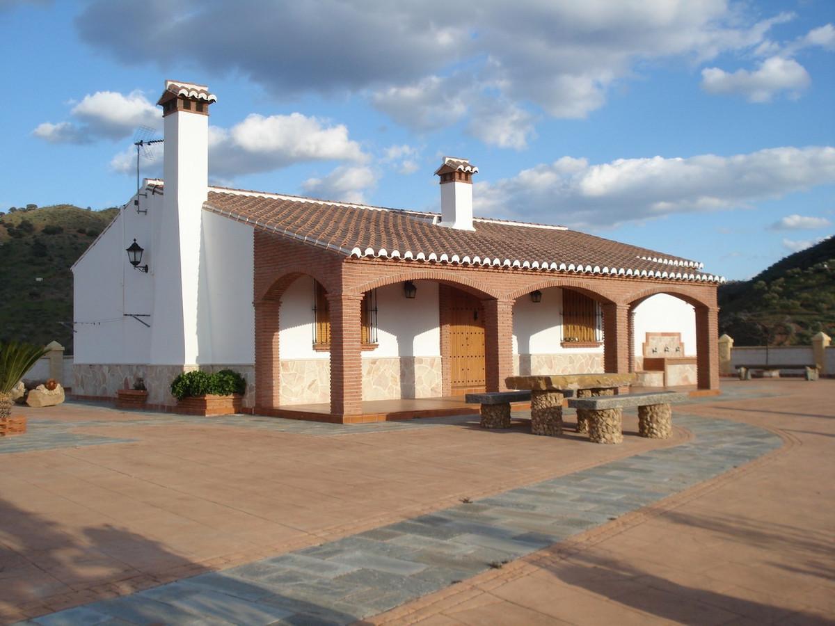 Villa  Detached for sale   in Alora