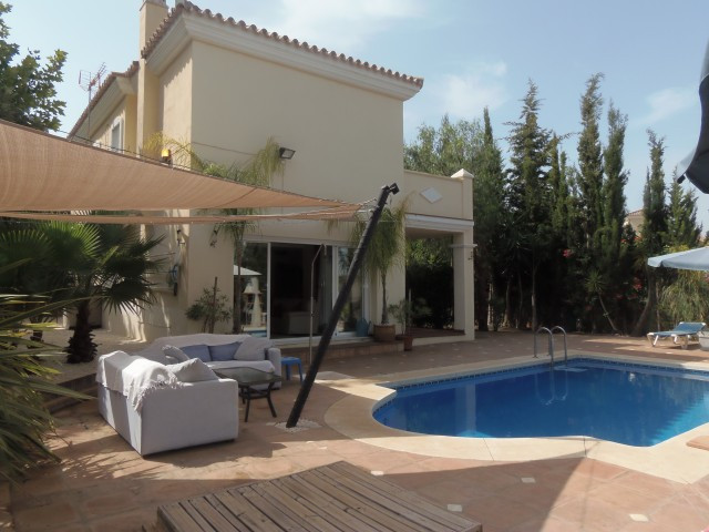 Villa  Individuelle en vente   à Alhaurin Golf