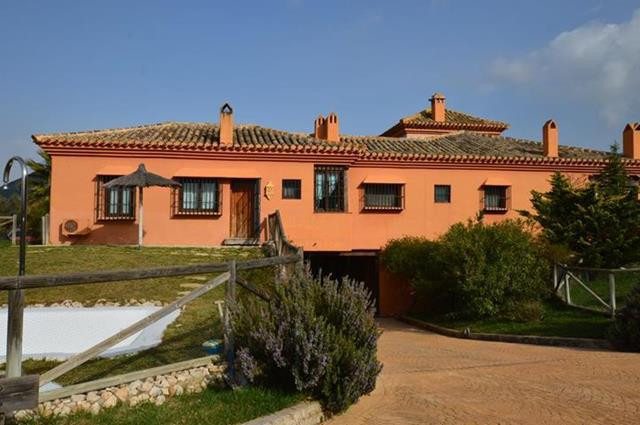 Villa  Finca for sale   in Antequera