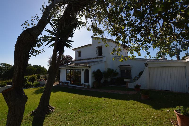 Villa  Individuelle en vente   à El Faro