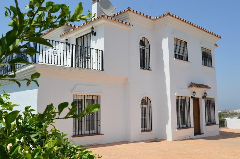 Villa  Independiente en venta   en Alhaurín el Grande