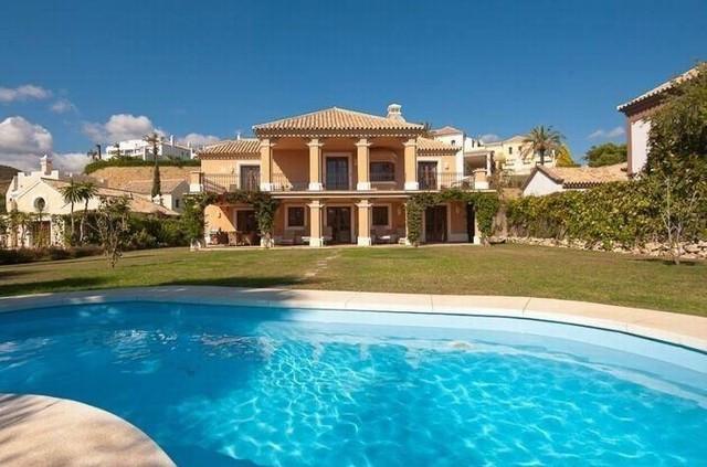 Villa  Individuelle  à Estepona