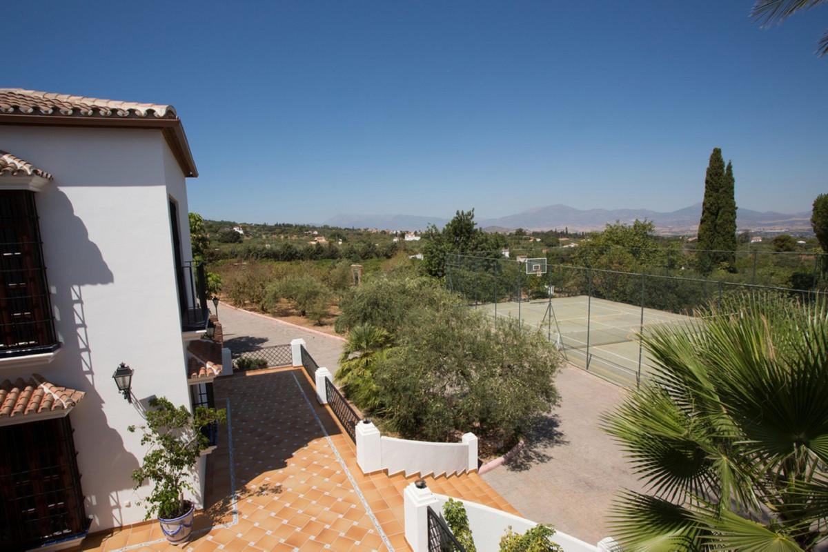 Villa  Finca for sale   in El Rosario