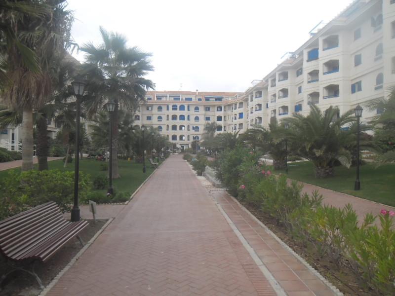 Appartement  Rez-de-chaussée en vente   à San Luis de Sabinillas