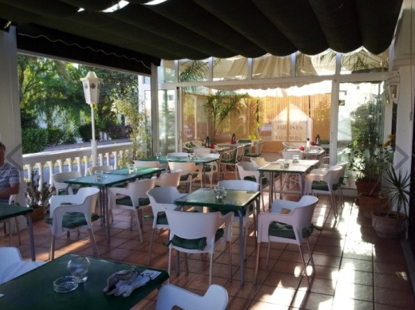 Bar en venta   en Calahonda