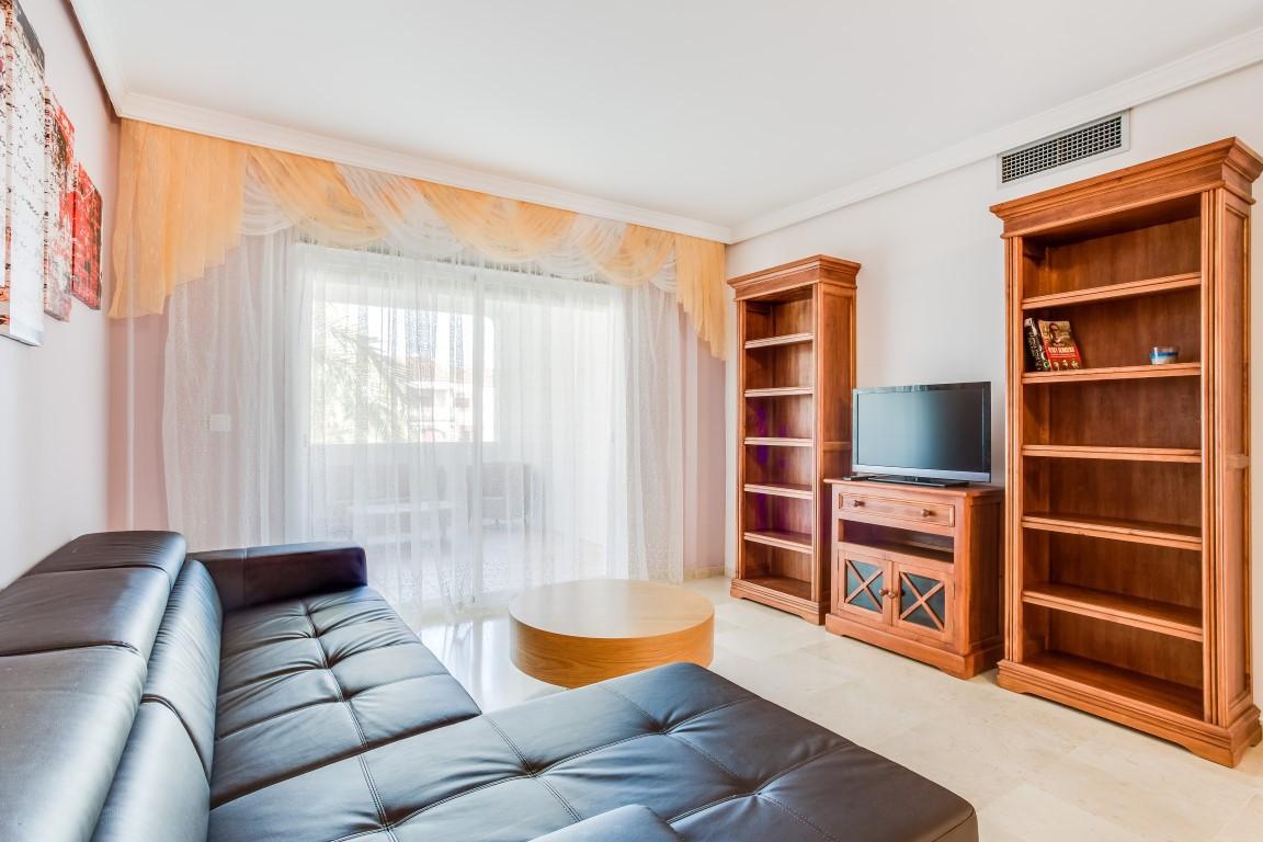 Apartamento  Planta Media en alquiler  en New Golden Mile