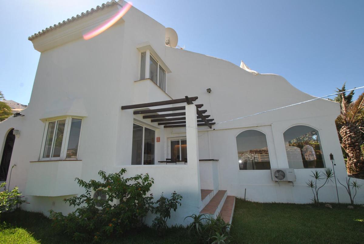 Townhouse  Semi Detached for sale   in Riviera del Sol