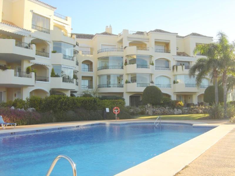 Apartment  Ground Floor for rent  in Elviria