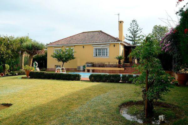 Villa  Detached for sale   in