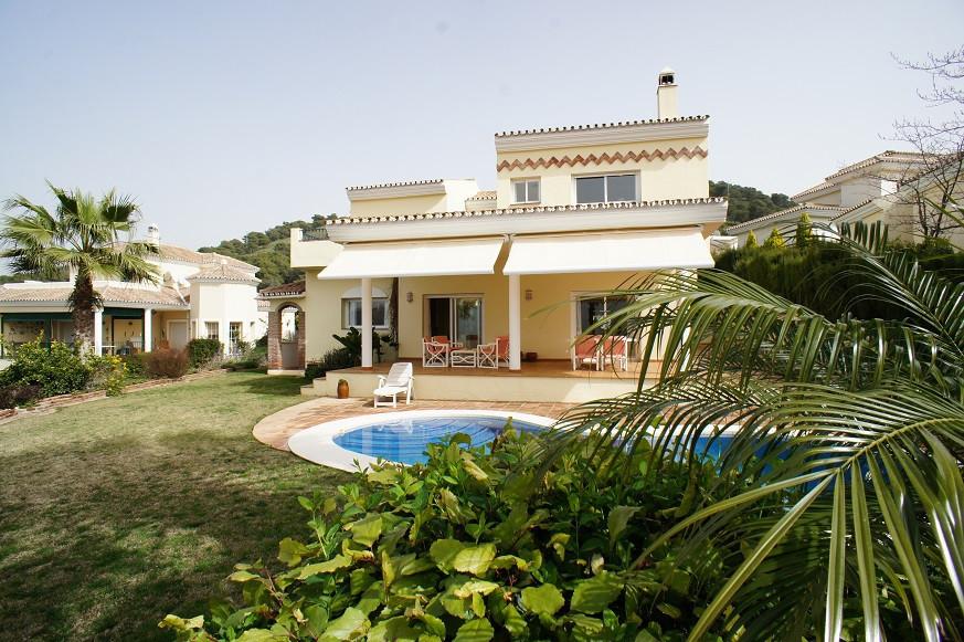 Villa  Detached for sale   in Alhaurin Golf
