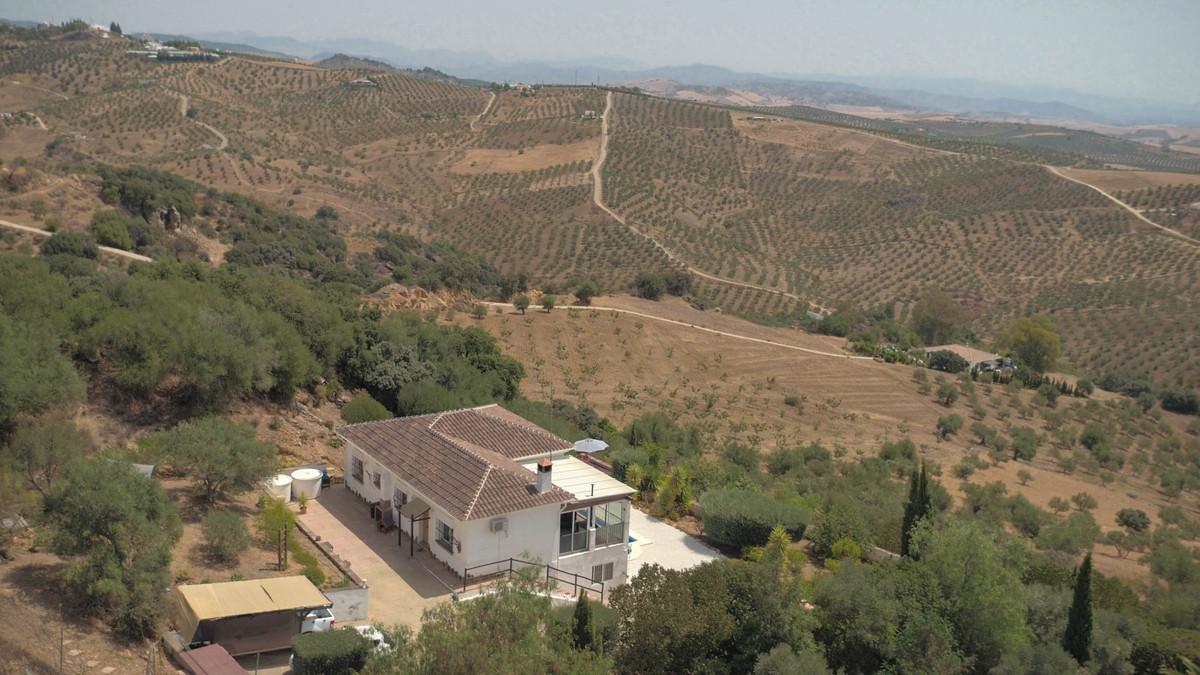 Villa  Finca for sale   in Tolox