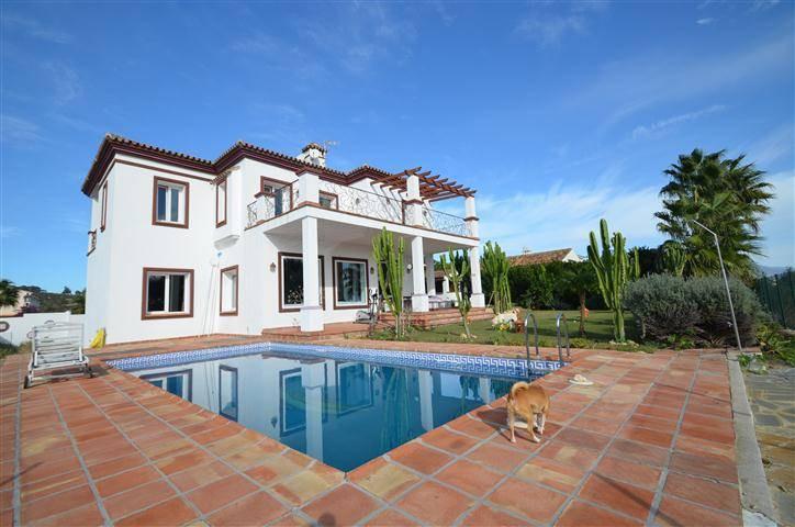 Villa  Individuelle en vente   à Manilva