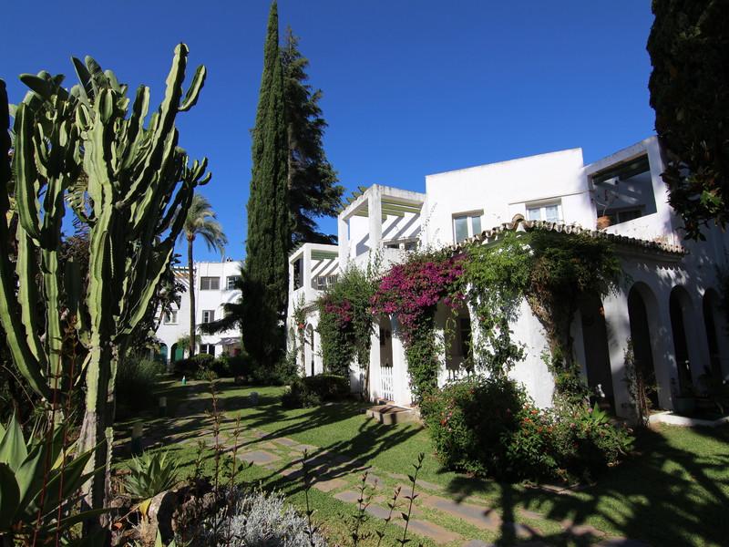 Maison Jumelée  Mitoyenne en vente   à Mijas Golf