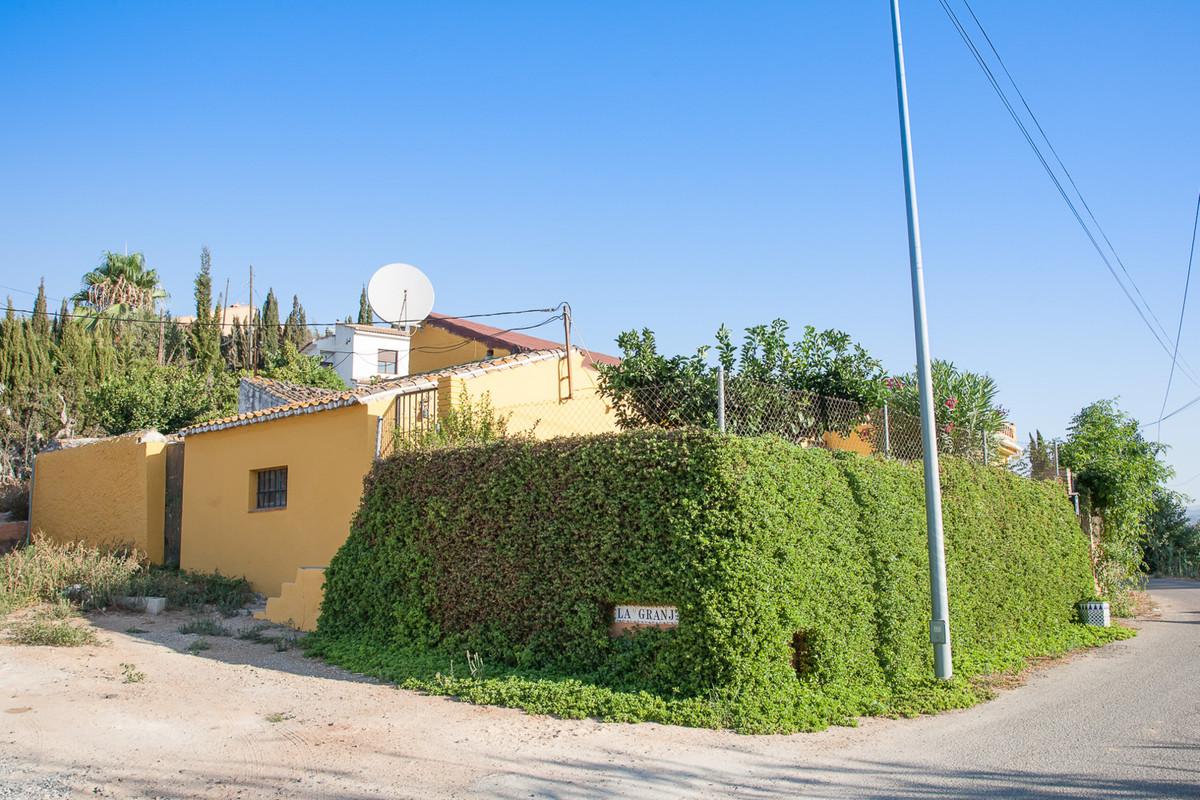 Villa, Finca  en venta    en Alhaurín de la Torre