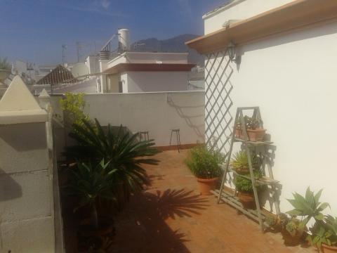 Villa  Semi Individuelle en vente   à Estepona