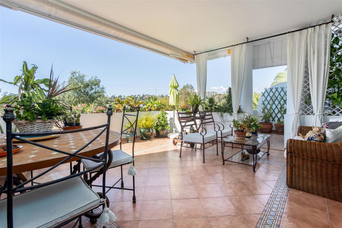 Apartamento Planta Baja en Guadalmina Alta, Costa del Sol