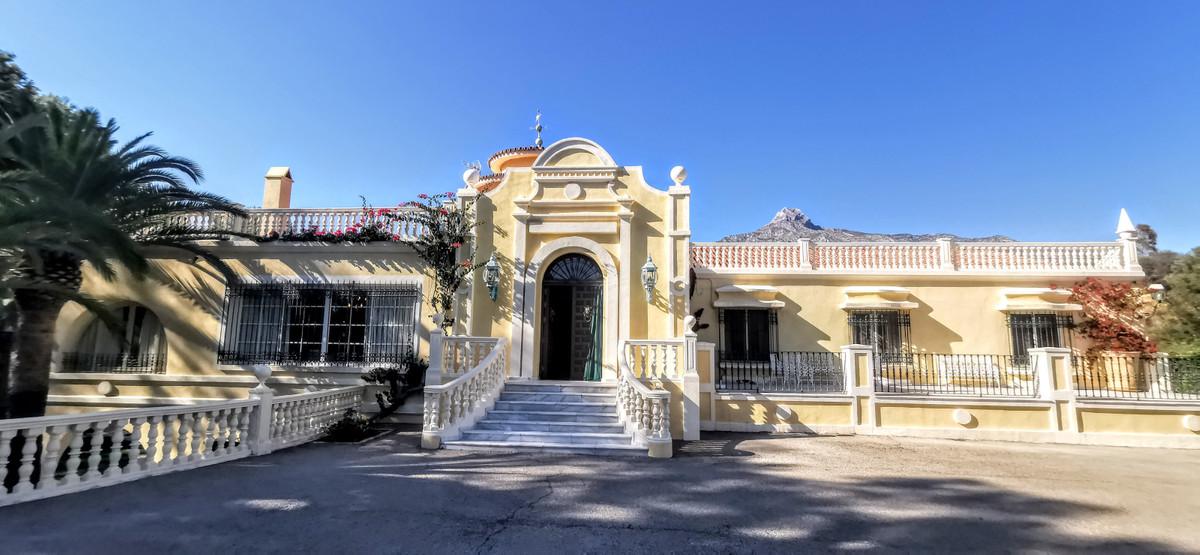 Villa Independiente en The Golden Mile, Costa del Sol