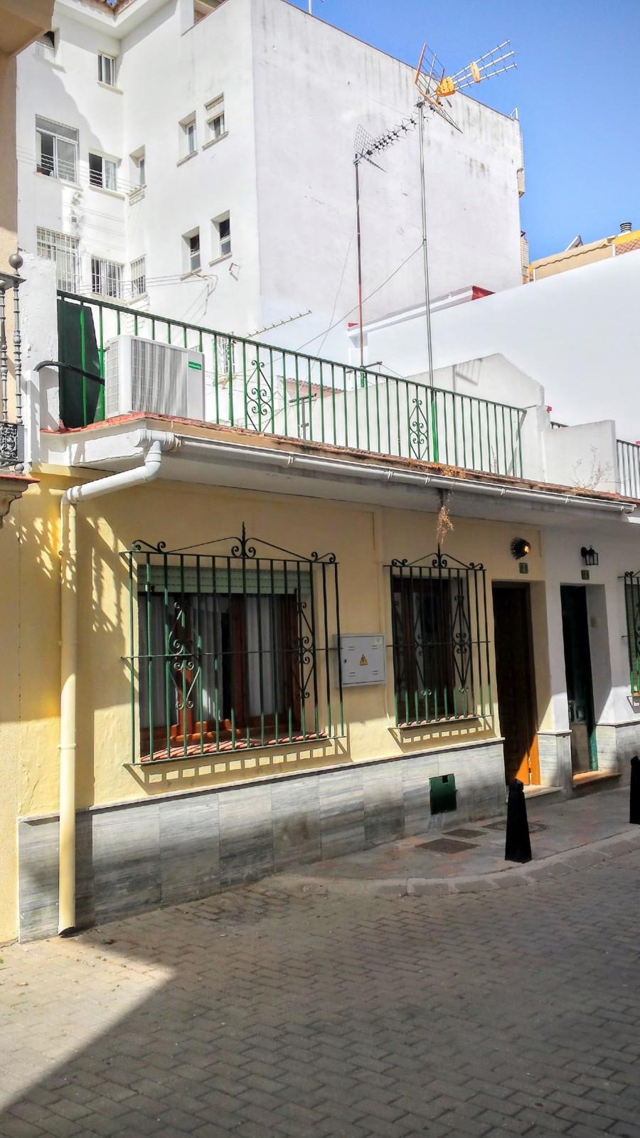 Villa, Semi Individuelle  en vente    à Fuengirola