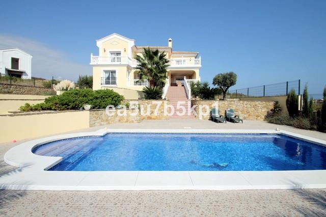 Villa  Detached for sale   in Casares Playa