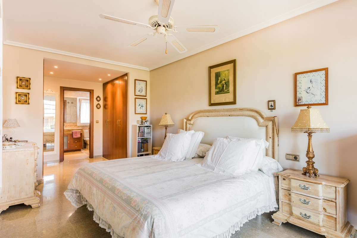 Villa Pareada en Guadalmina Alta, Costa del Sol