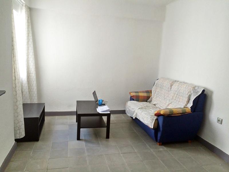 Apartamento, Planta Media  en venta    en Torremolinos