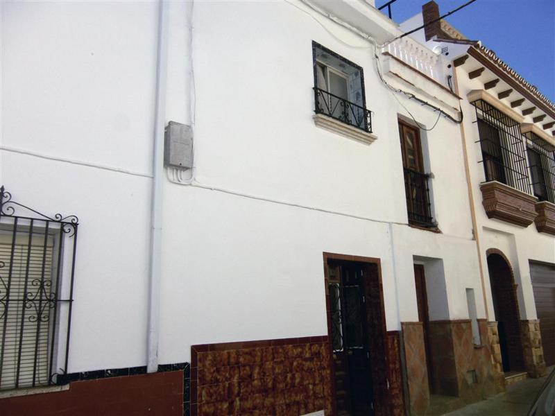 Maison Jumelée, Mitoyenne  en vente    à Alhaurín el Grande