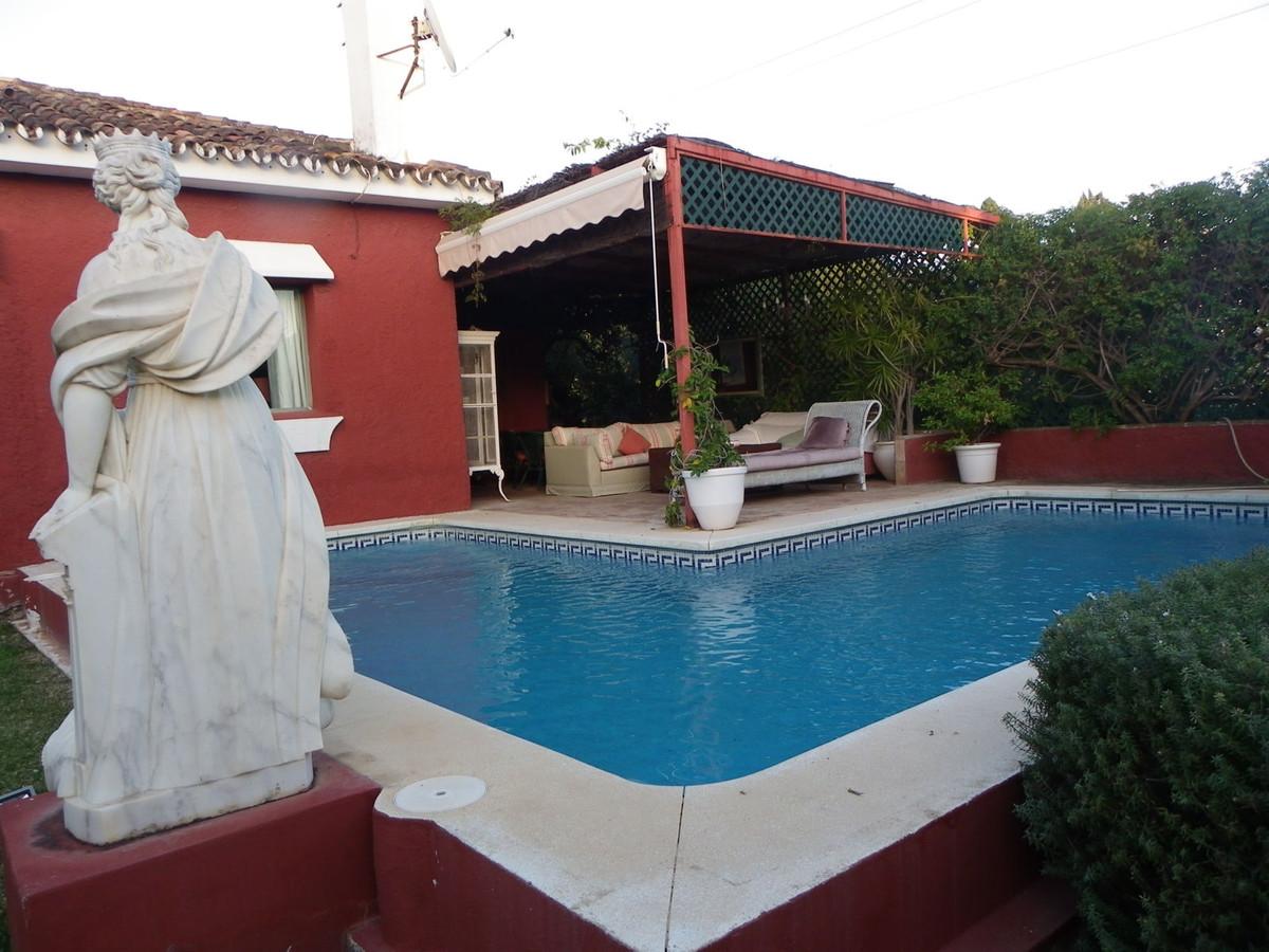 Villa  Detached for sale   in Guadalmina Alta