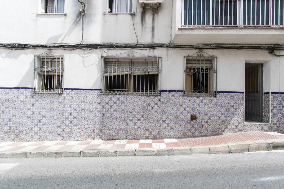 Apartamento, Planta Baja  en venta    en Coín