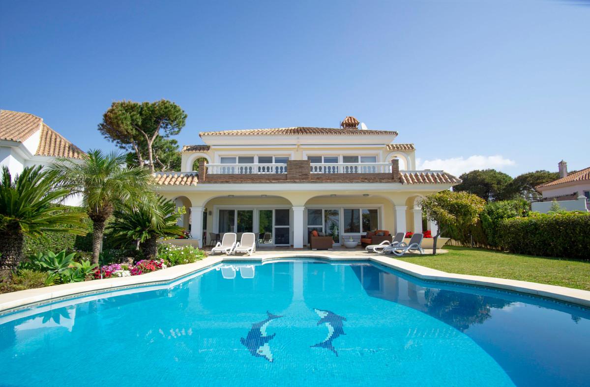 Villa  Individuelle en vente   à Elviria