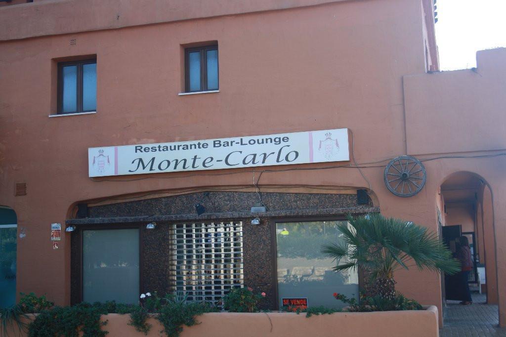 Commercial  Commercial Premises for sale   in Estepona