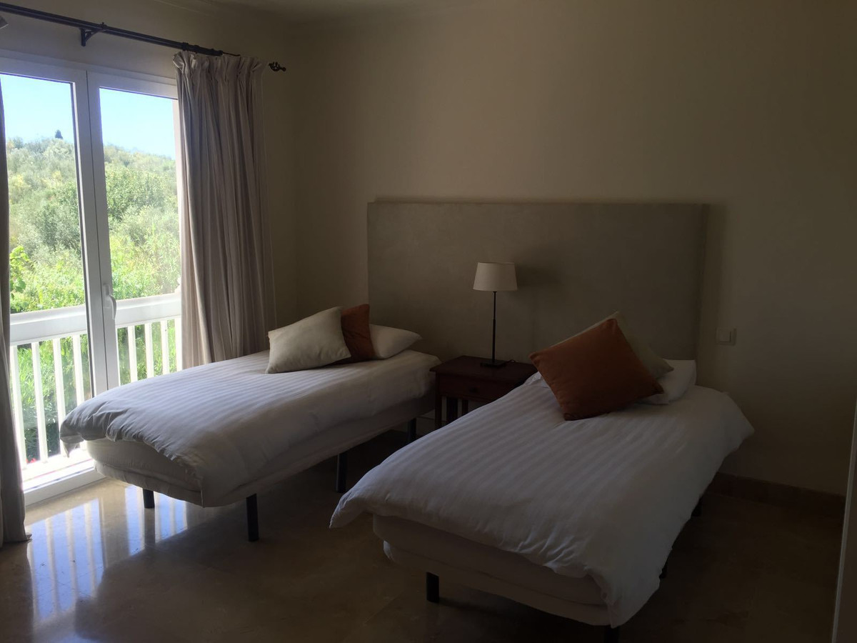 Apartamento Planta Media en Benahavís, Costa del Sol