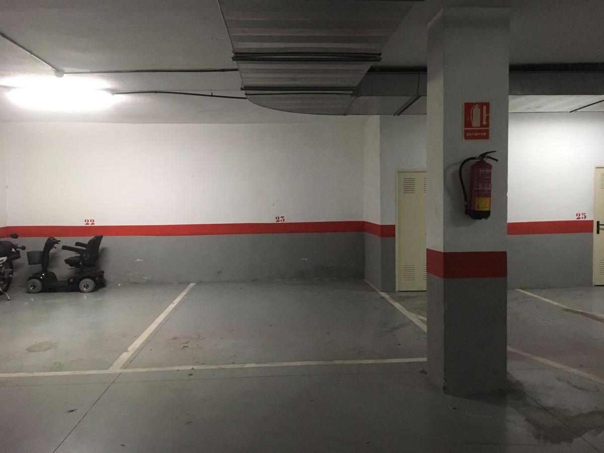 Commercial  Garage for sale   in Marbella