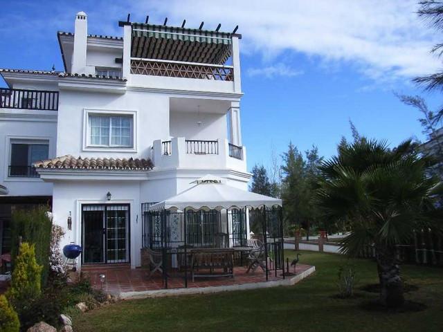 Townhouse Terraced in Alhaurín de la Torre, Costa del Sol