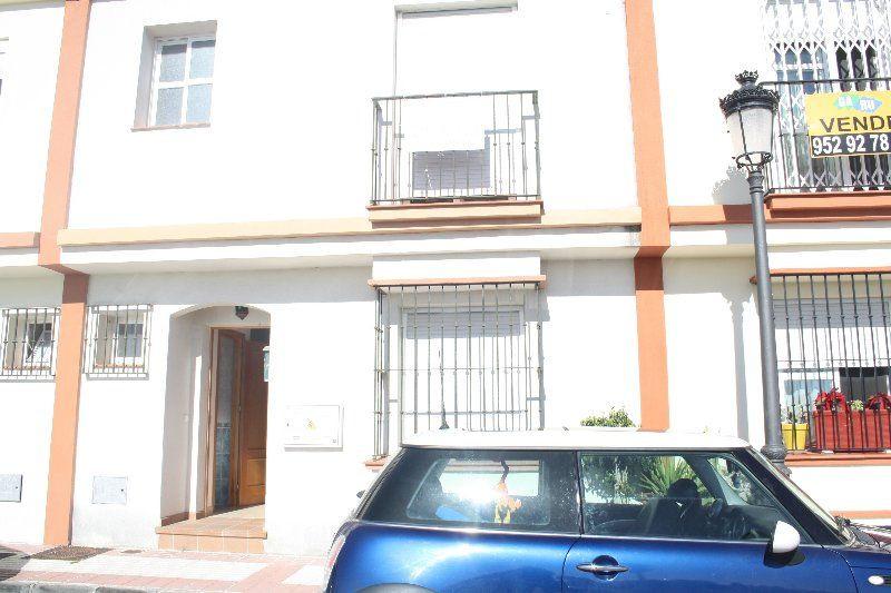 Maison Jumelée Mitoyenne à Cancelada, Costa del Sol