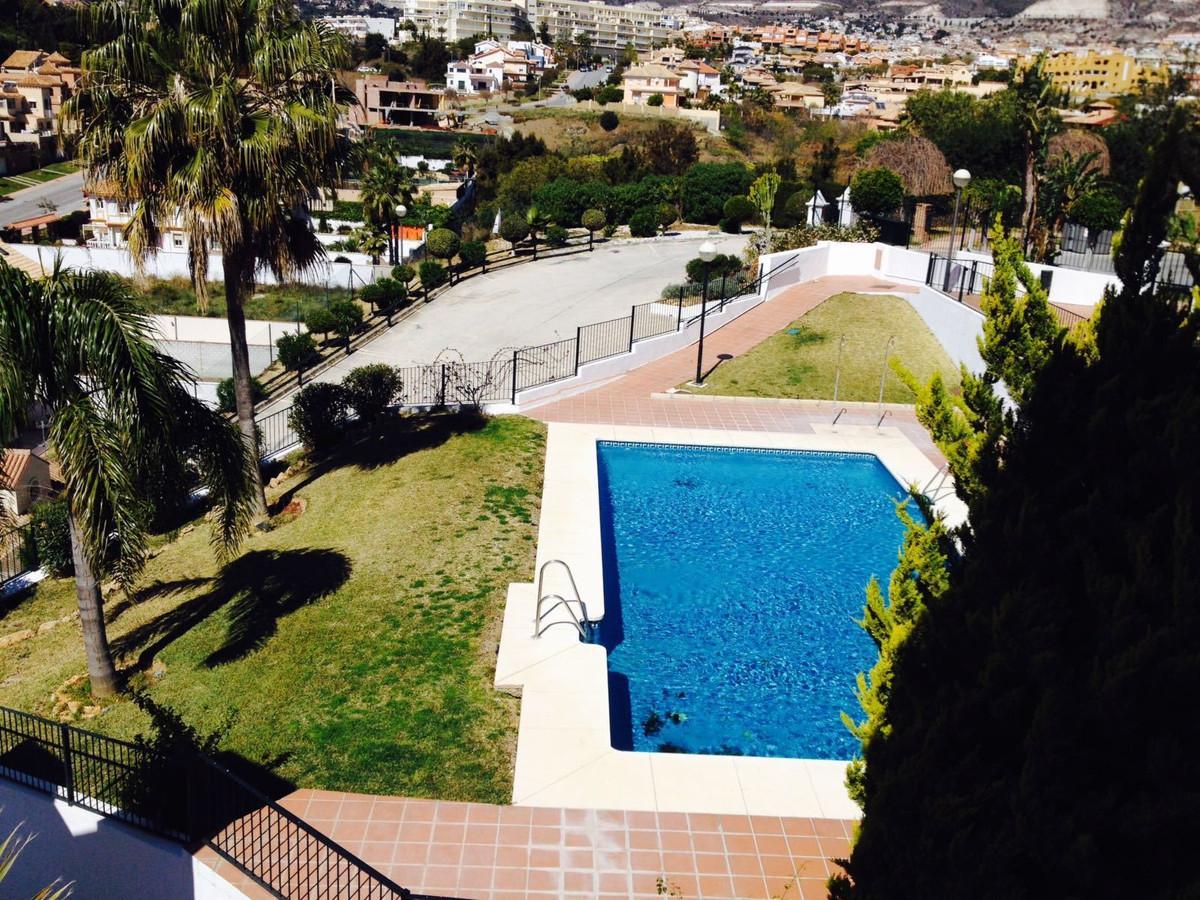 Appartement  Mi-étage en vente   à Torrequebrada