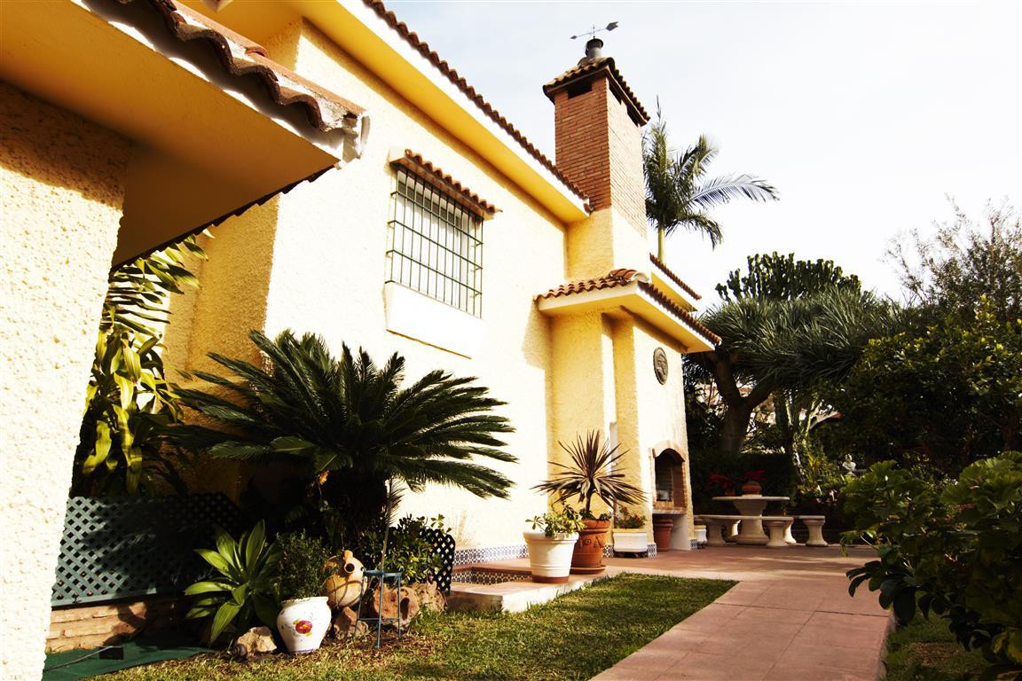 Villa  Individuelle en vente   à Arroyo de la Miel