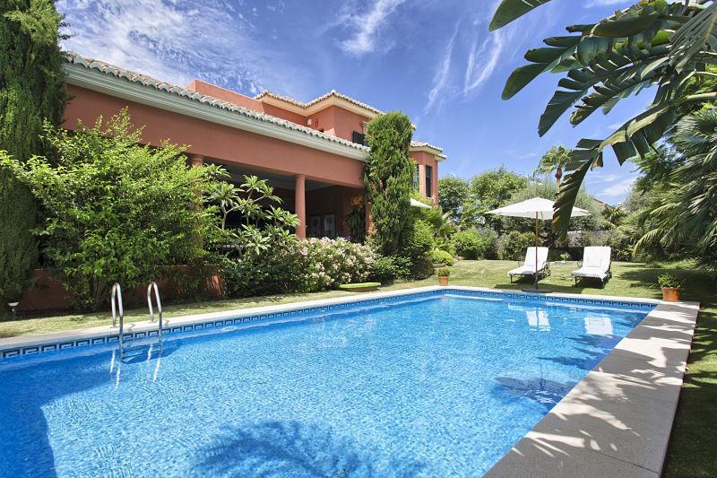 Villa  Individuelle en location  à Nagüeles