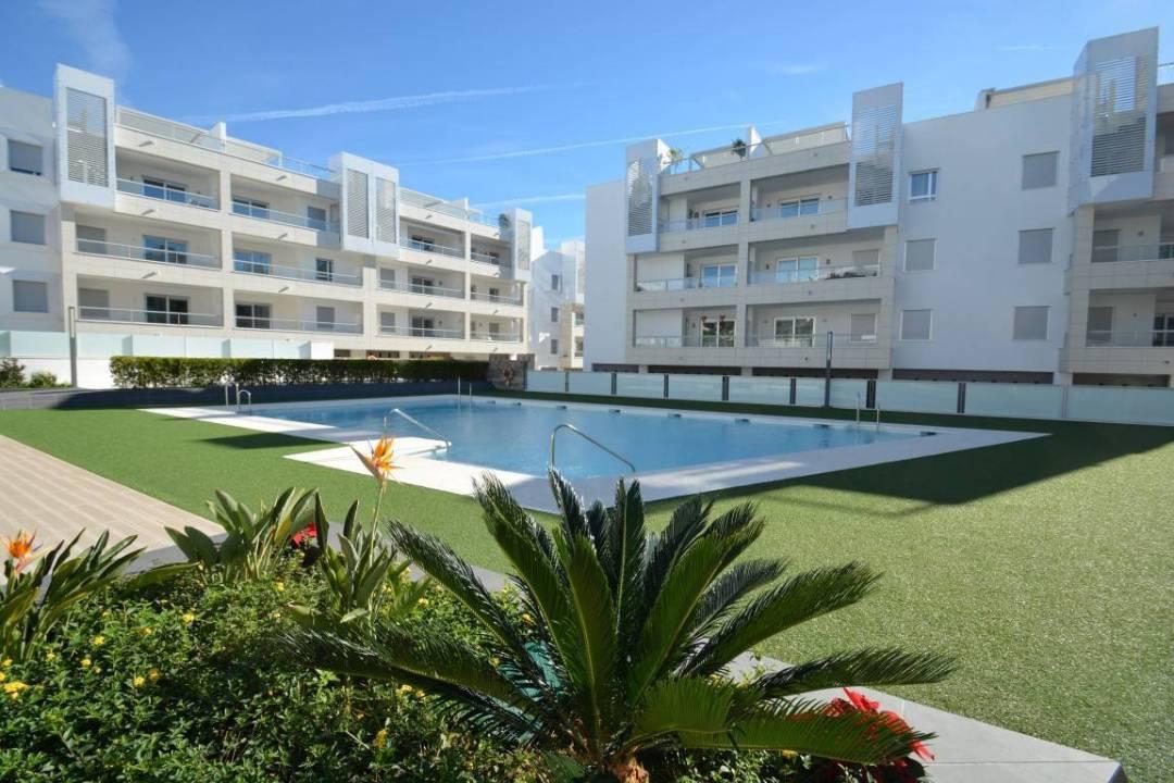 Apartment  Penthouse for rent  in San Pedro de Alcántara
