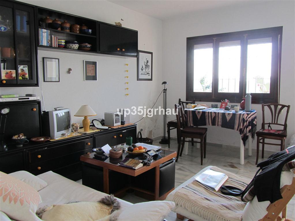 Apartment, Ground Floor  for sale    en Estepona