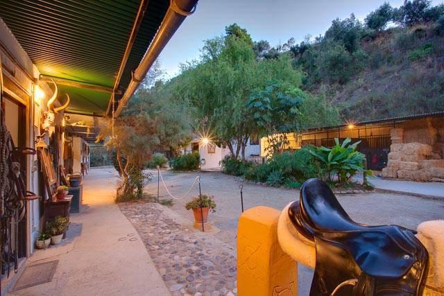 Villa  Finca for sale   in Estepona