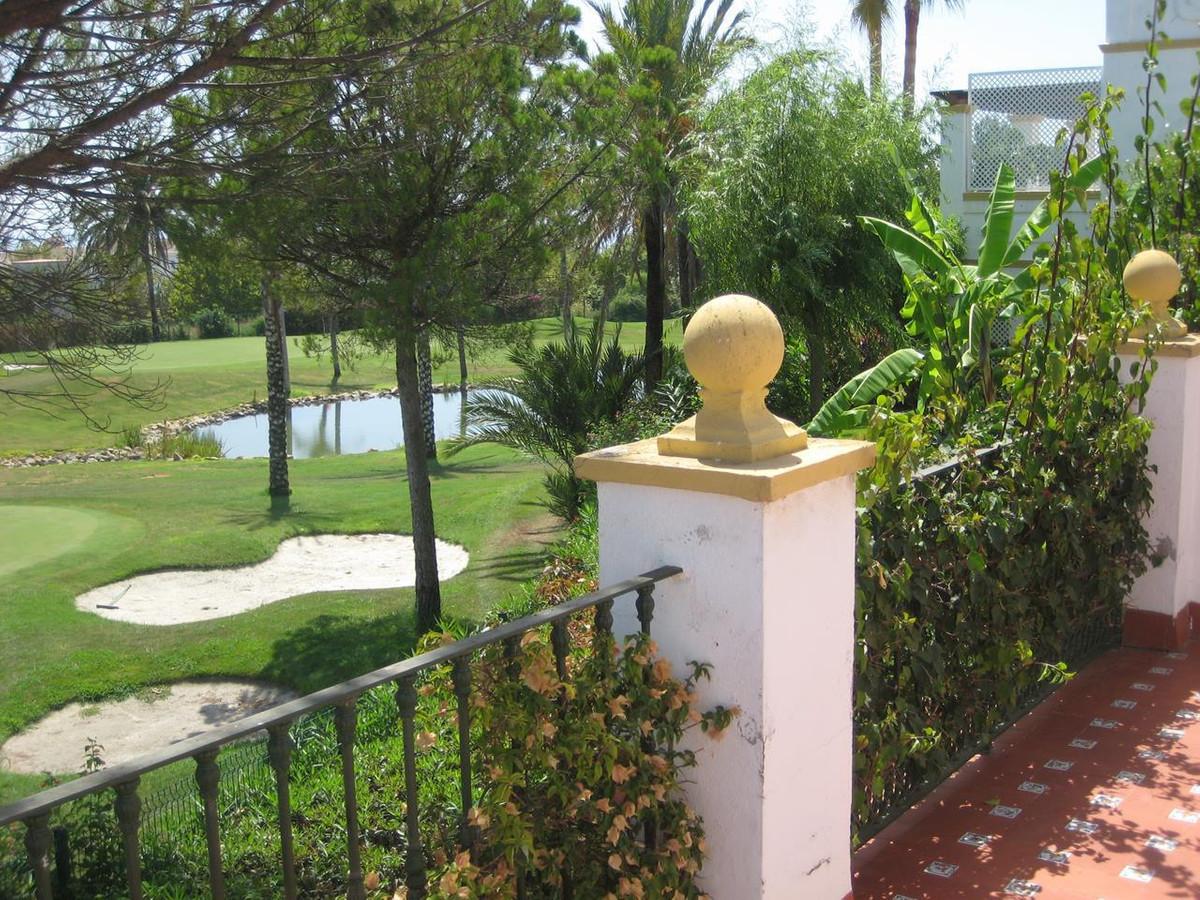 Maison Jumelée  Mitoyenne en vente   à New Golden Mile