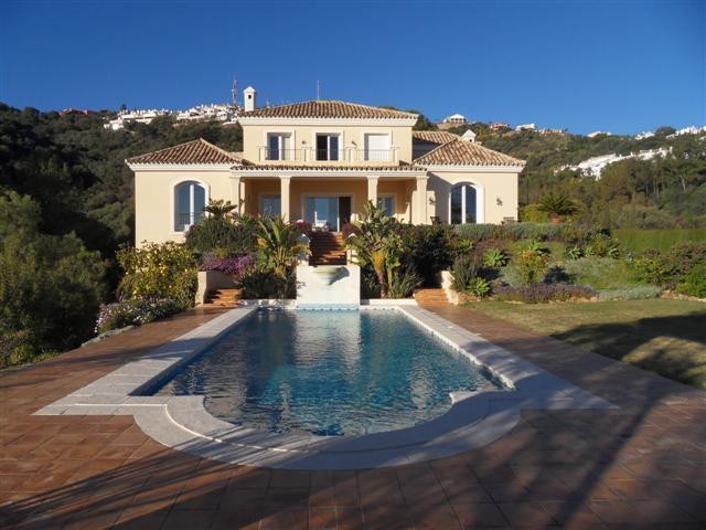 Villa  Individuelle en vente  et en location  à Los Monteros