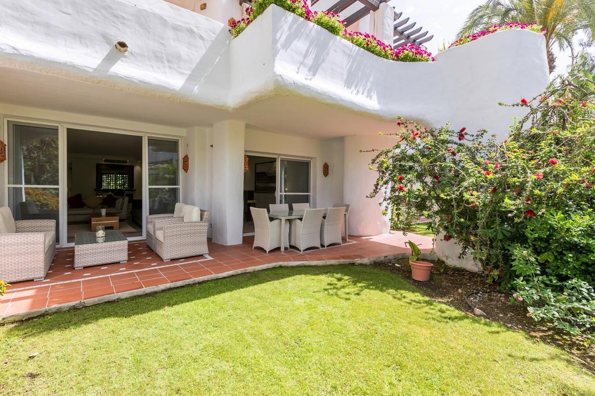 Appartement  Rez-de-chaussée en location  à Puerto Banús