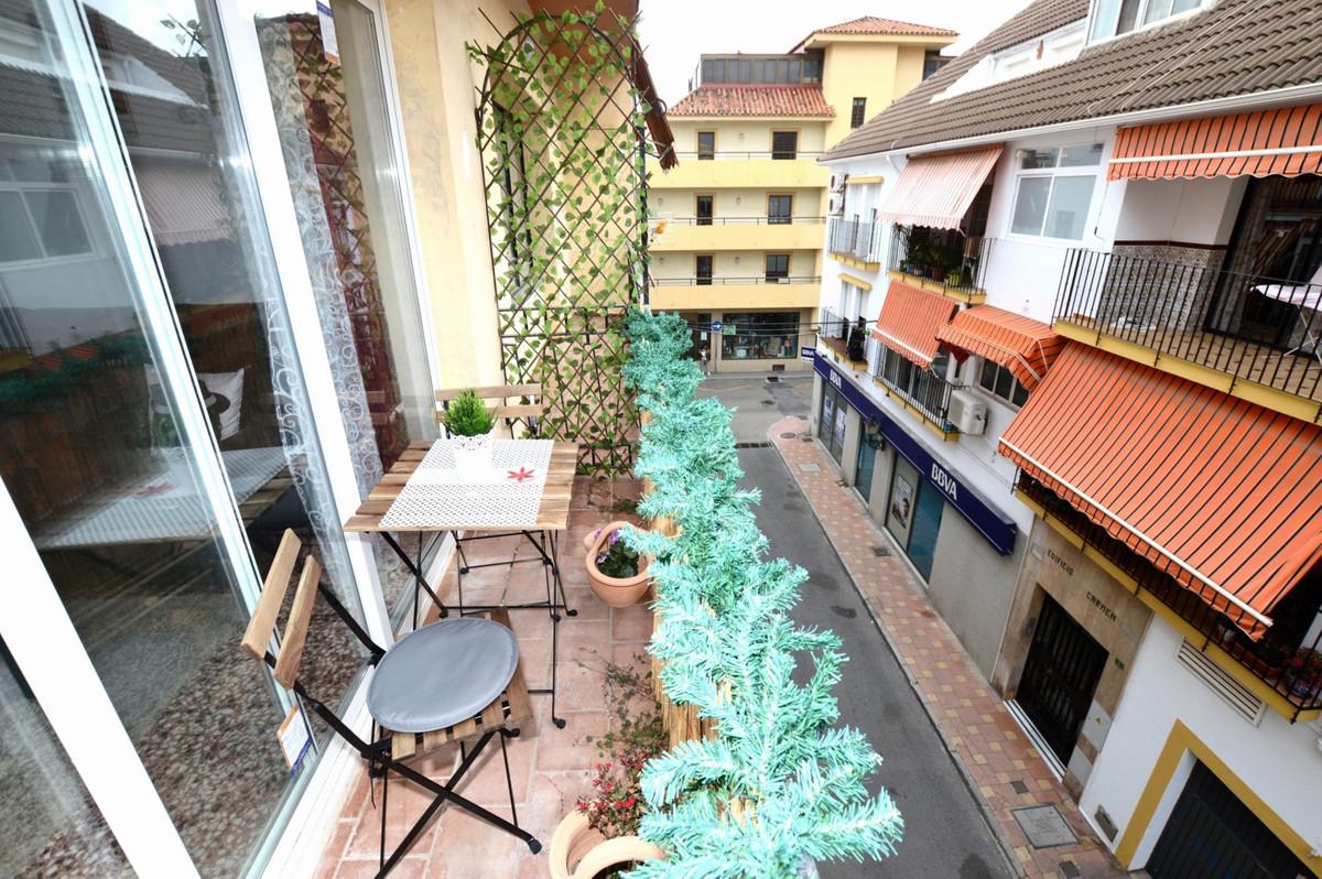 Apartamento  Planta Media en alquiler  en Los Boliches