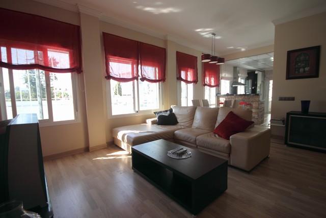 Apartamento  Planta Baja en venta  y en alquiler   en Nueva Andalucía